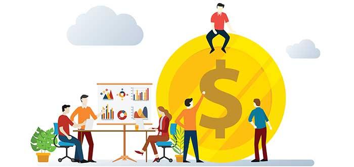 grupo-profesionales-analizando-tarifas