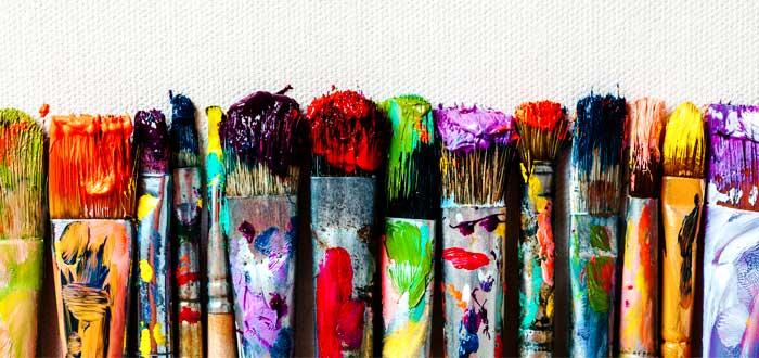 brochas para pintar en tipos de coworking para artistas