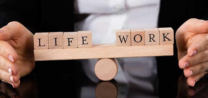 flexibilidad-laboral-balanza-entre-vida-trabajo
