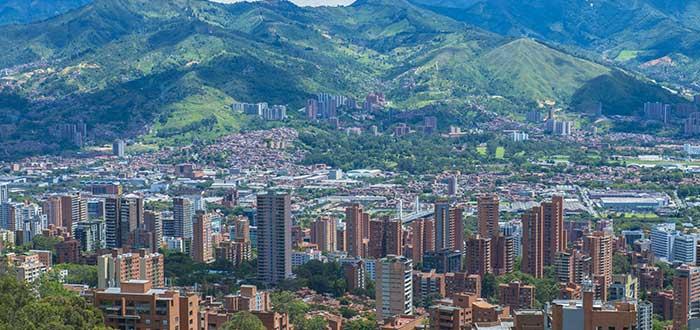 una-de-las-ciudades-para-nómadas-digitalesmedellín-colombia