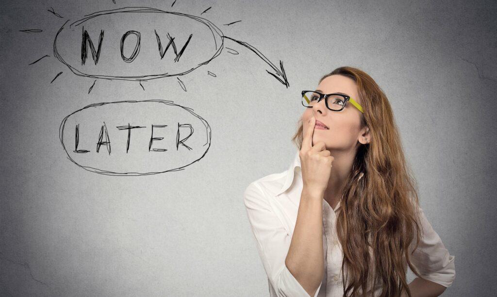Mujer-decide-dejar-de-procrastinar