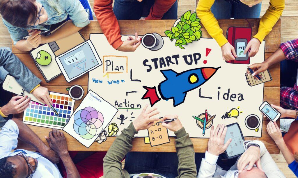 Equipo-de-startup-planificando