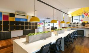 Host-Coworking