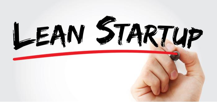 mano-escribe-lean-startup