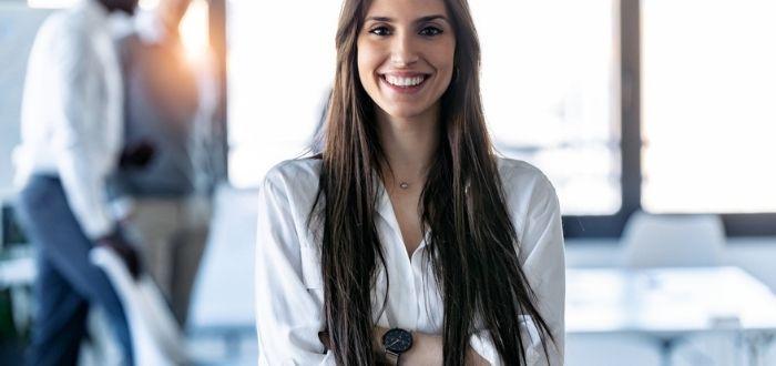 Mujer empoderada en la empresa | Que es el empowerment